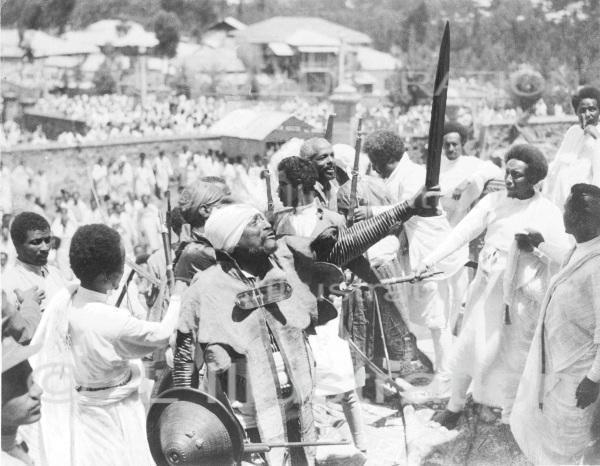 Guerre italo-ethiopienne : guerriers abyssins, en 1935