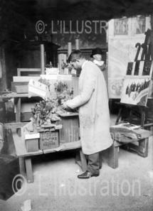 Dewambez dans son atelier, dans les années 1930.