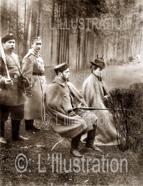 Le Tsar Nicolas II et la Tsarine à la chasse à Skiernieirsts, 1900