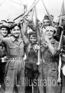 Les miliciens républicains avec une jeune fille près du front de l'Aragon, 1936
