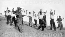 Après la prise de la colline, les prisonniers sont ramenés dans les lignes insurgées, 1938